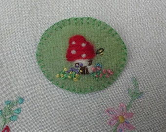 SOLD Embroidered brooch handmade with vintage fabric