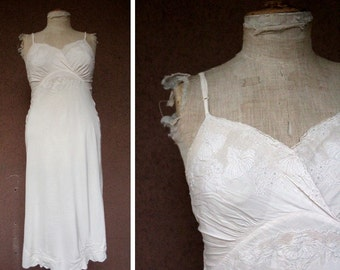 1930's Ivory Silk Embroidered Night Gown - Vintage 30's Silk Slips Lingerie - Size Xs