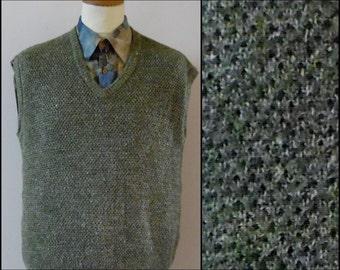 Vtg mans sage green knitted vest waistcoat tank top mans French vest waistcoat size medium large