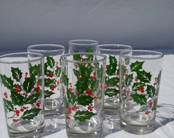 Vintage retro Christmas holly and berries glassware, set of six