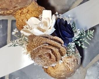 Wedding Prom Corsage, Navy Burlap Rose Corsage, Mother Corsage, Prom Corsage, Sola Corsage, Wedding Flowers, Navy Corsage, Keepsake Corsage