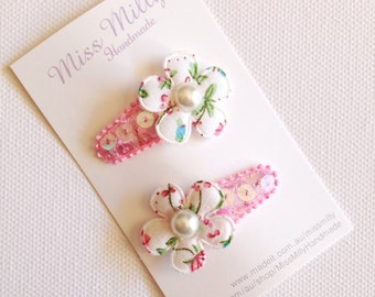 Baby/Toddler snap clips - sparkly flower