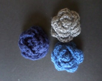 Flower hair clip (crochet)