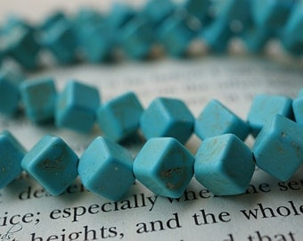 SALE..Turquoise Dice, Cube Beads, Beads, N1901