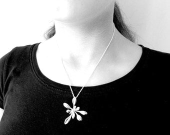 Large Arabidopsis Rosette pendant - Plant Biology Science Jewelry in bronze, brass, silver & stainless steel