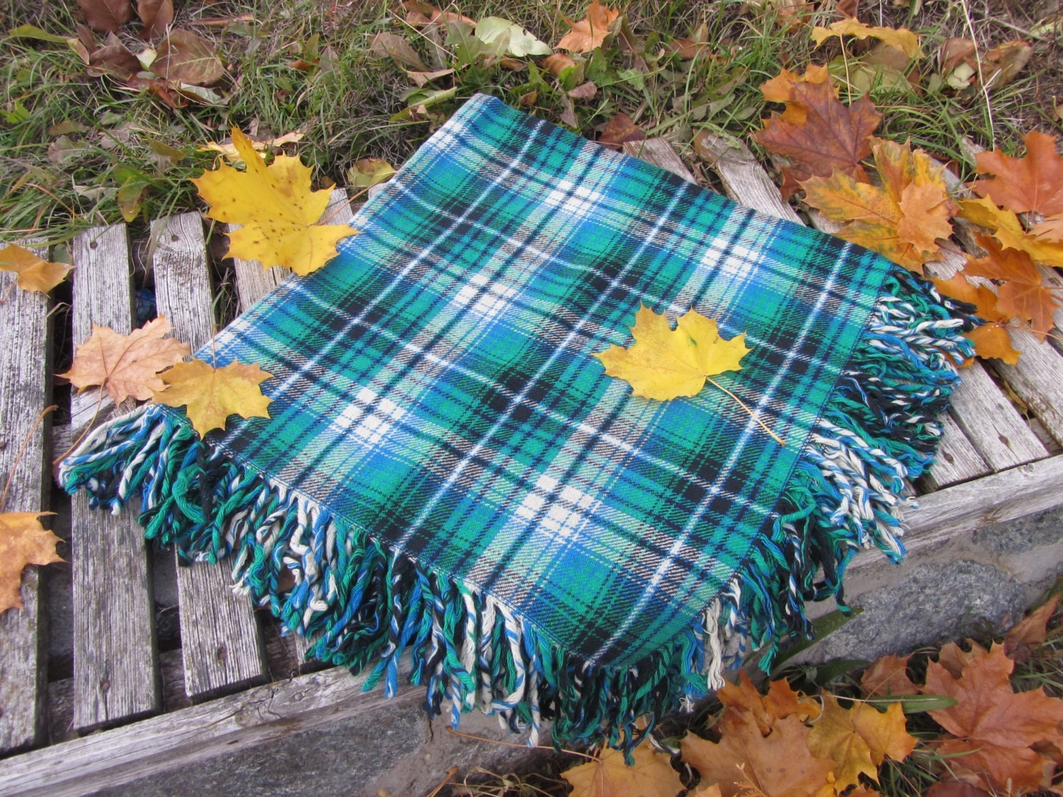 Blue and Black checkered pattern wool scarf, USSR vintage wool scarf, Warm gift