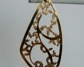 Gold Tone Etched Filigree Dangle Pierced Earrings