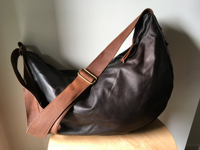 Curved, Slouchy, hobo stylish leather shoulder bag Crossbody bag ...