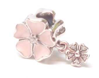 New Authentic Pandora poetic blooms dangle charm 791827EN40