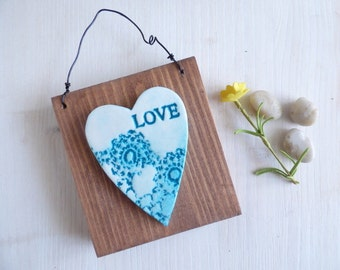 Love, Lace Textured Heart, Wall Hanging Decoration