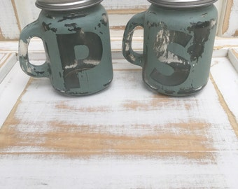 Distressed Salt & Pepper Jars, Vintage Salt and Pepper Shakers, Cottage Chic Decor, Kitchen Decor, Housewarming Gift, Hostess Gift