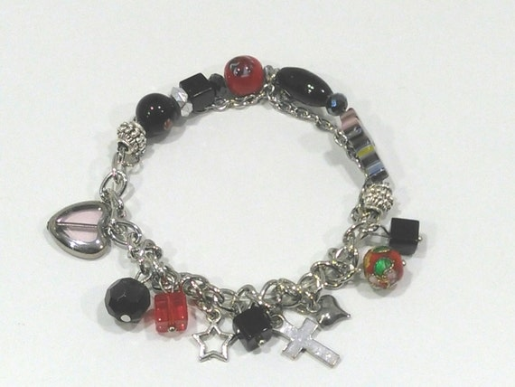 Hand-crafted charming bracelet with various charms