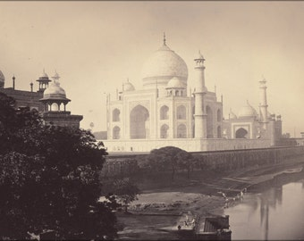 24x36 Poster . Taj Mahal, Agra, India 1870