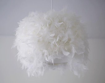 Frou-frou, feathers made hand suspension