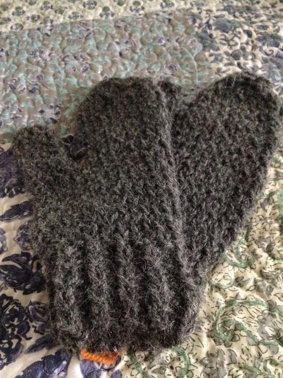Alpaca Mittens Knitting Pattern : Alpaca Hand Knitted Mittens