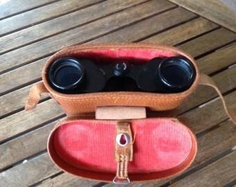 Vintage Windsor Binoculars 6 X 30 Field  7.5 degrees w/ Case - No. 30421