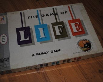 LIFE - Board Game - Milton Bradley - 1960