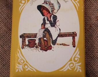 Vintage Holly Hobbie Personal Address Book