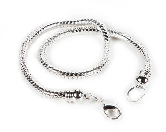 Mix and Mingle, Twist End Bracelet, 8.5 inches, Brand New