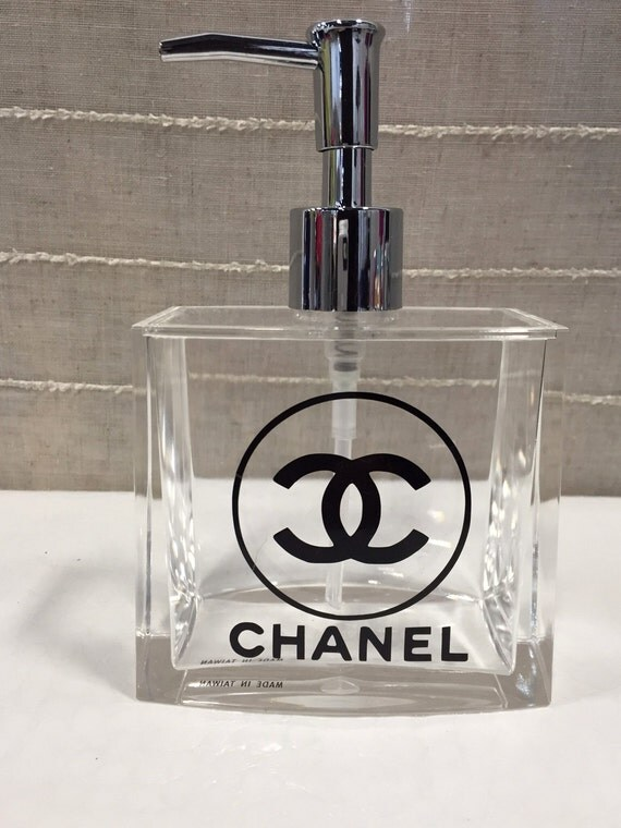 Chanel Bathroom 28 Images To Da Loos Coco Chic Trump Tower Ensuite Master Bathroom 3pc