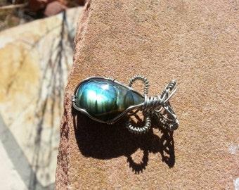 Elvish wire wrapped labradorite pendant