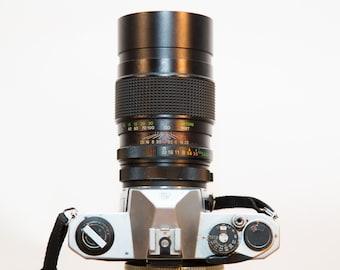 Asahi Pentax K1000 35mm SLR Camera with 200mm Vivitar Lens #O36