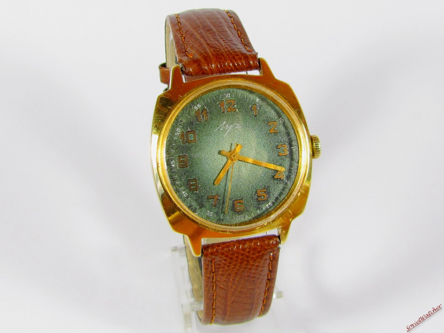 Luch mens wrist watch Gold plated AU10 Vintage leather band