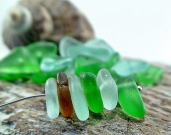 25+ pcs of Center Drilled Seagass Natural Sea Glass Beads Beach Glass  - Sea Glass Charms