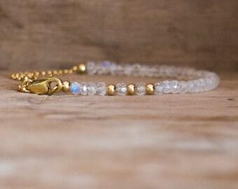 Moonstone Bracelet in Silver or Gold or Rose Gold, June Birthstone, Rainbow Moonstone Jewellery, Gemstone Bracelet, Moonstone Jewelry