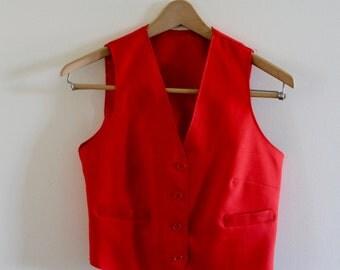 Vintage red fitted vest!