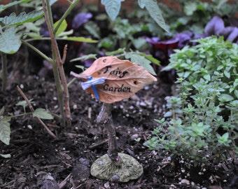 Fairy Garden Sign Brown Leaf