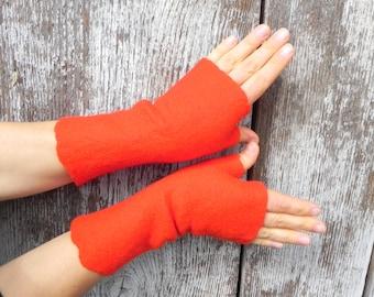 Red felt fingerless gloves basic red design red gloves size S