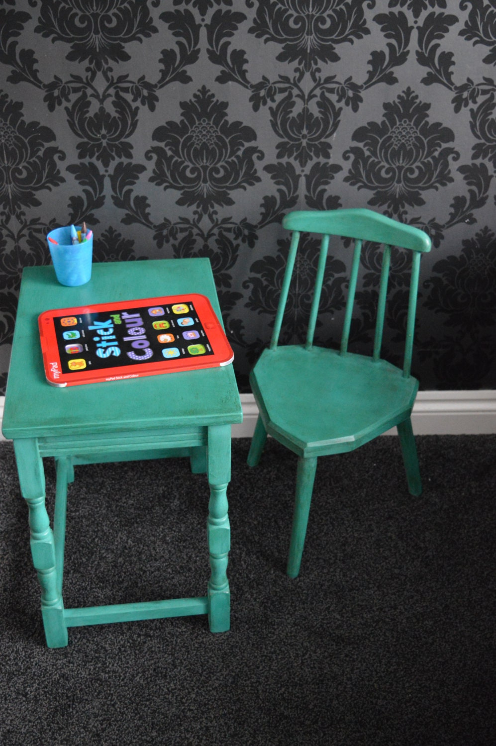 adorable child toddler desk and chair set sloan