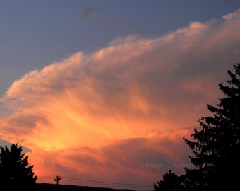 Anvil Cloud Photograph -- Cloud Photography -- Nature Photography -- Sunset Photography