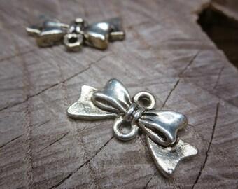 Bow Connector Applique ~2 pieces #100214