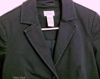 L.L Bean women blazer jacket size 4 PET color navy gabardine