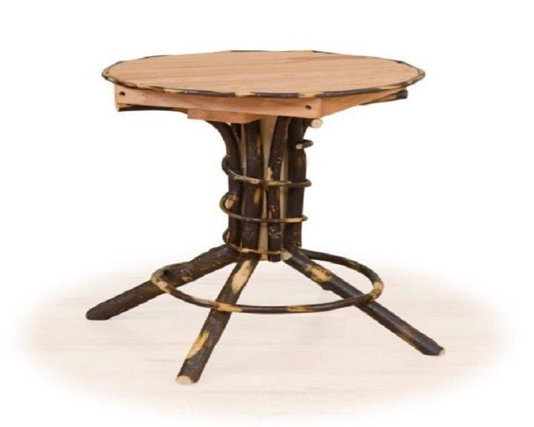 Rustic Hickory Round Indoor/Outdoor Pedestal Table End Table