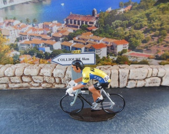 cyclist  Team  Kas - 1986  (Rouleur figure)  scale 1.32  (Free Shipping To Worldwide)