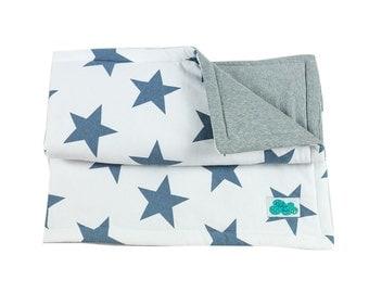 Crib Quilt. Star Blue