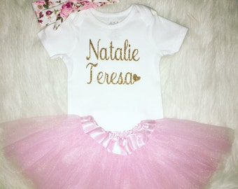 Baby girl coming home outfit, baby girl clothes, baby girl onesie, personalized baby girl outfit, baby shower gift, coming home outfit,