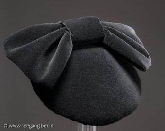 Fascinator Black Velvet Headpiece Hat 1950s