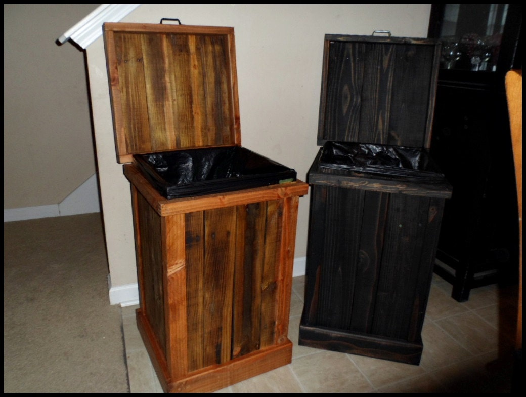 30 gallon trash can wood trash can garbage can dog food. Black Bedroom Furniture Sets. Home Design Ideas