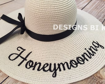 "Honeymoon hat, Personalized straw hat, Honeymooning, Straw hat, Personalized floppy hat, Floppy straw hat ""Honeymooning"", Bridal shower gift"