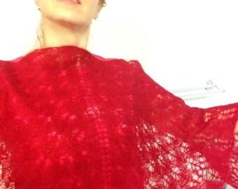 Elegant Handknitted Shawl
