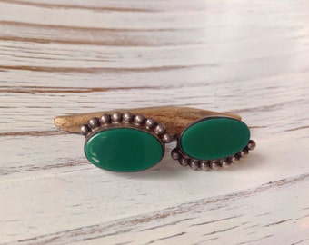 Vintage Mexican earrings // sterling silver // green onyx // screw back earrings//