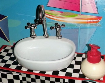 Sink Compatible with 18 inch doll's such as American girl 18 inch Doll's