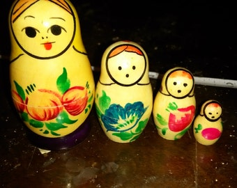Vintage Nesting Dolls USSR
