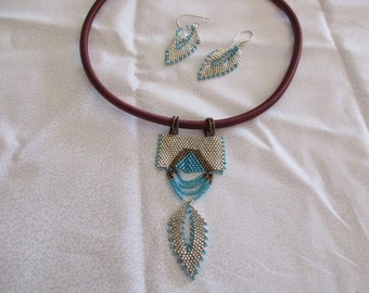 Silver and Turquoise Peyote Stitched Choker