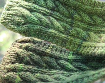 Green Cable Handmade Knit Scarf