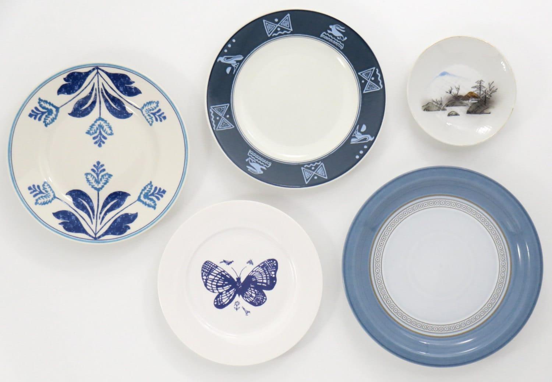 kitchen wall decor vintage mismatched decorative plates. Black Bedroom Furniture Sets. Home Design Ideas